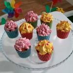 Cupcakes de mango y de frambuesa
